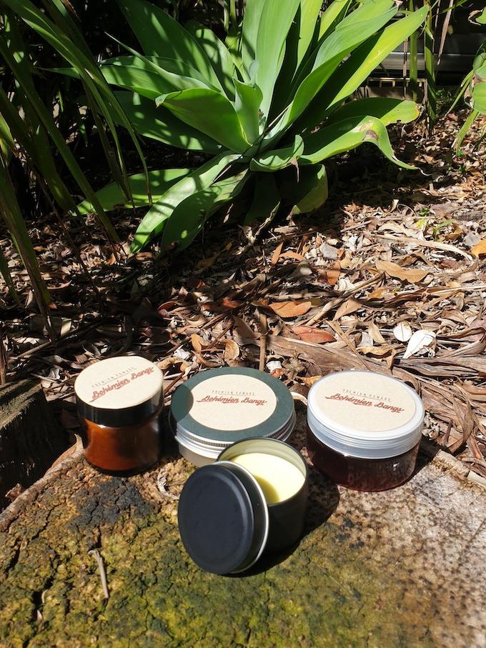 Jars n' Tins n' Jar Sizes? You can help with deciding..