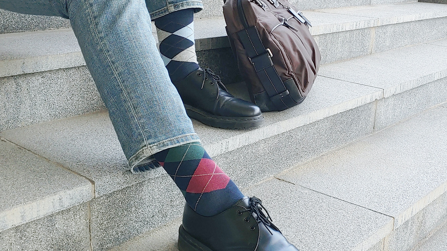 World's most versatile socks for men - Features heat regulation, odor elimination & bacteria suppression.