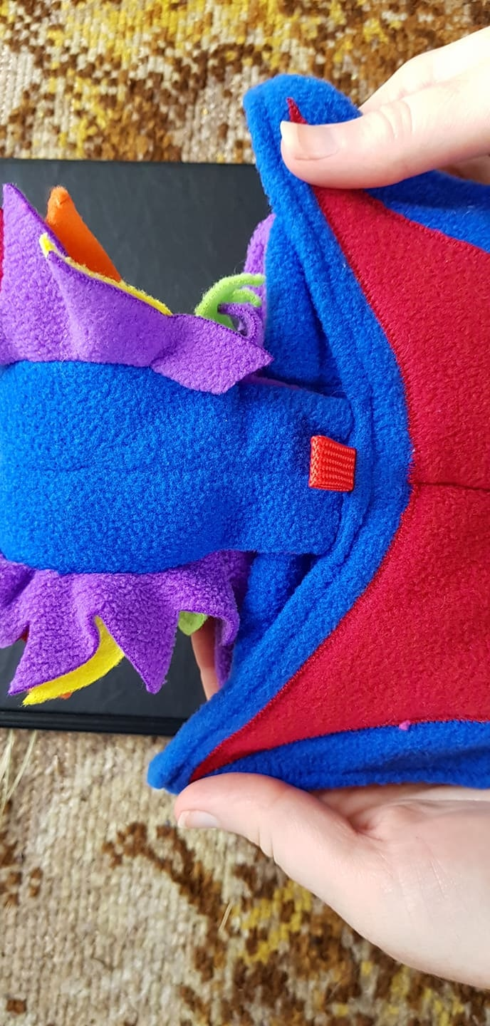Rainbow Dragon Bagon sample from behind, showing the top of the wings.
