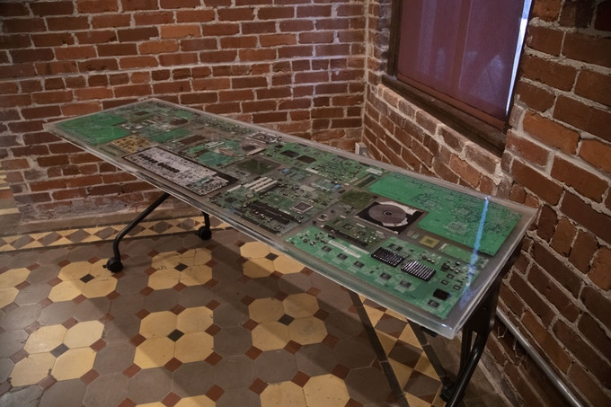 Sponsor a recycled pc epoxy resin training table ($900 or more)*Limited Item*