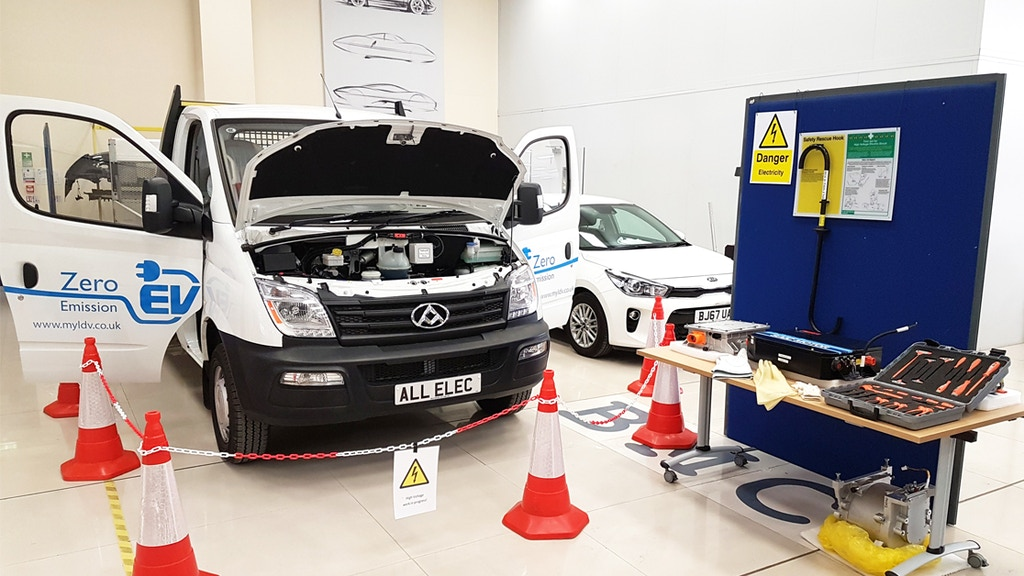 Project image for Hybrid and Electric vehicle service and repair App