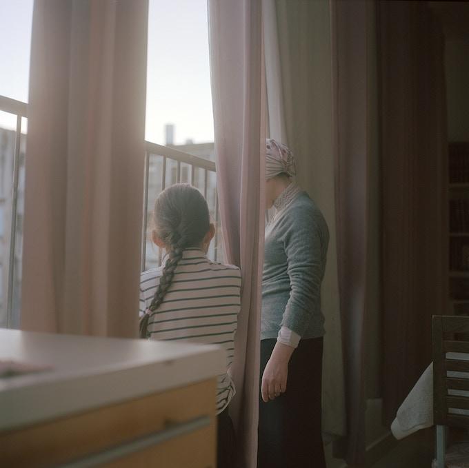 Nina Medioni, La fenêtre, Le Voile, 2015