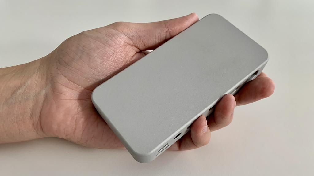 DoBox Mini - Wireless Hub for iPad and iPhone project video thumbnail