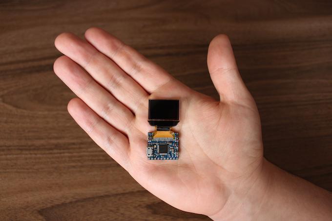 PocketScreen - World's smallest Arduino compatible multitool
