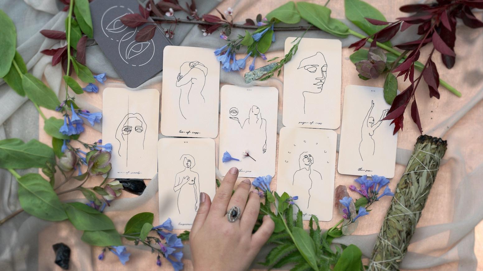 Minimalist, hand-drawn tarot deck for the modern mystic.