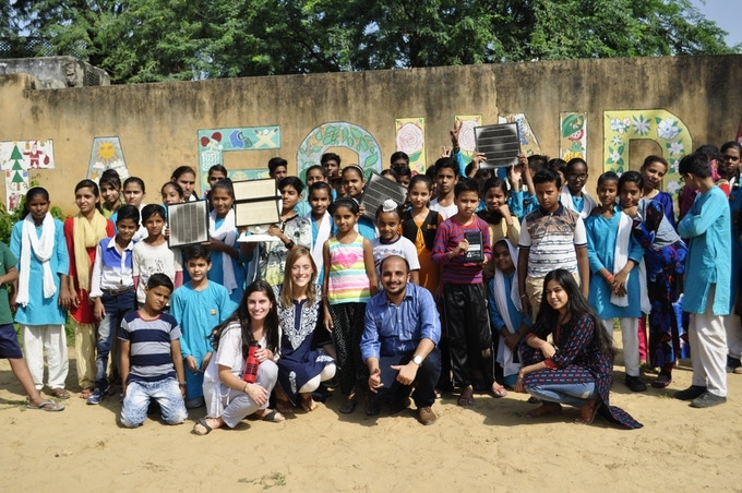 Delhi, India: we run free air pollution workshops to help more people learn about air pollution