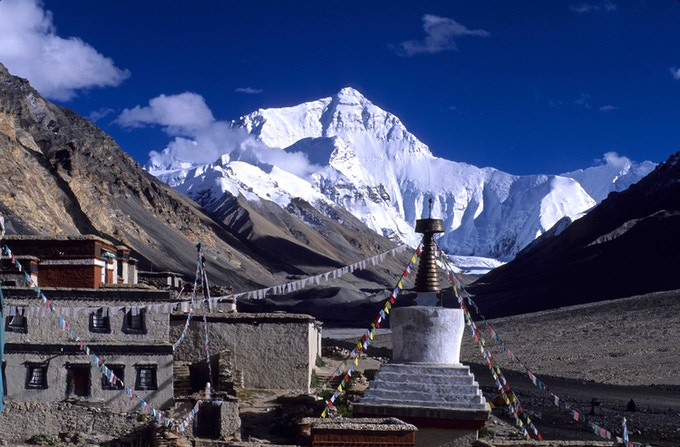 MT. EVEREST & RONGBUK MONASTERY