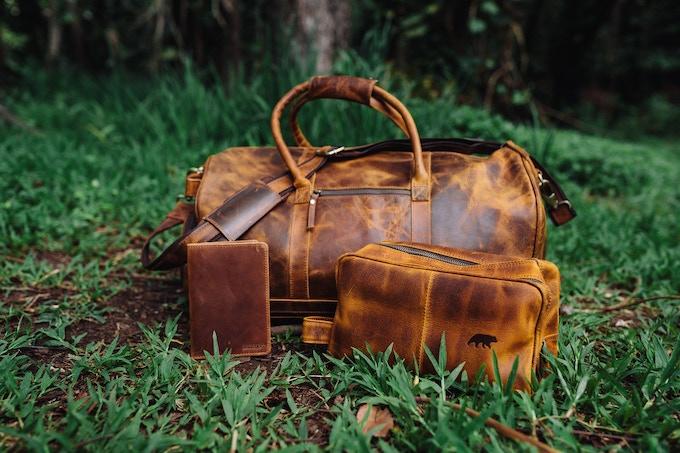 Denali Traveler's Set - Shown in Antique Brown - Front of Bag