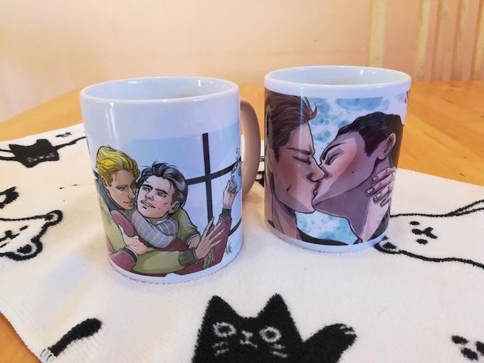 I due design di tazza disponibili per coloro che ritireranno a mano.