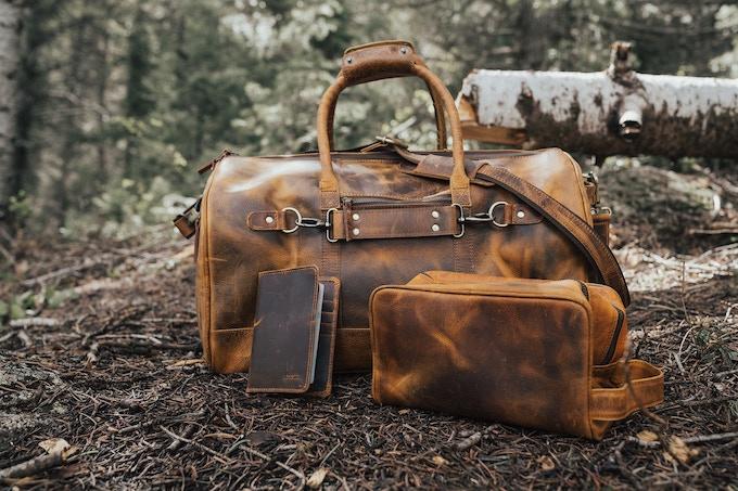 Antique Brown - Denali Travel Set - Back of Bag
