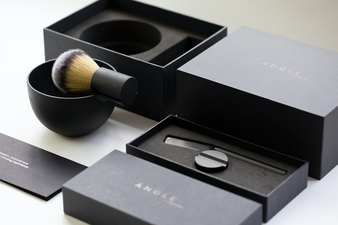 The Angle Razor, Brush and Bowl complete kit.