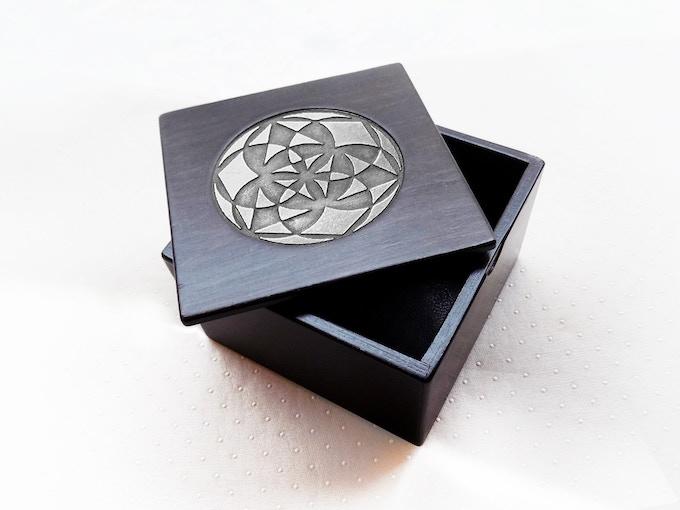 """The Master Game Mini Kit,  Design: """"Magic Secrets"""", brown wood finish."""