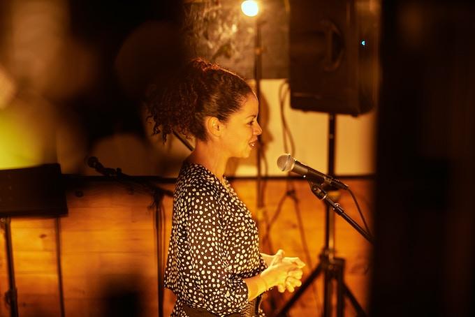 Om Grown Variety Show, Suni Reyes, Photo by Cristobal Vivar