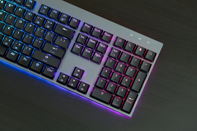 Machined Aluminum Case on the Venture Wireless Mechanical Keyboard