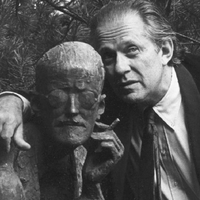 Newlove with the statue of James Joyce at Joyce's gravesite in Zürich, Switzerland, mid-1980s. (Photo by Keith Guenthardt)