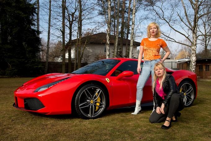 Lilly Urbat and Claudia Holzinger