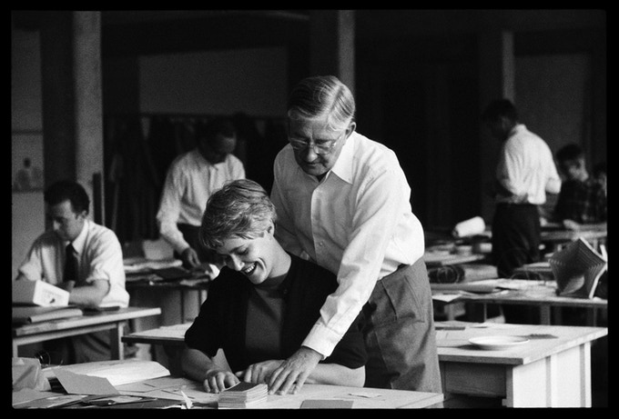 [Silver gelatine portfolio image] Josef Albers with student Frauke Koch-Weser in his second preliminary course, 22 May, 1955.