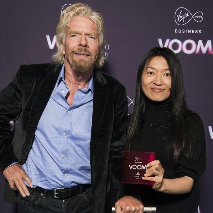 eFOLDi is the winner of the British Invention of the Year and personally endorsed by Richard Branson