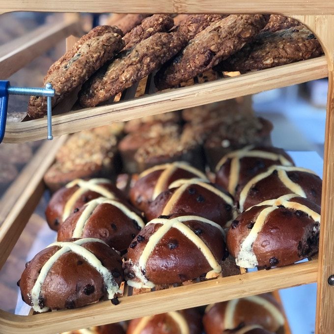 Chocolate Hot Crossed Buns