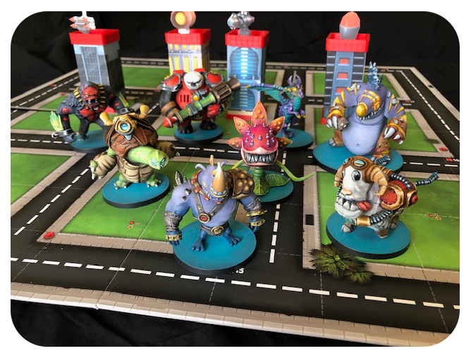 * Miniatures included in the game are not painted. The above monsters are 3D printed samples.