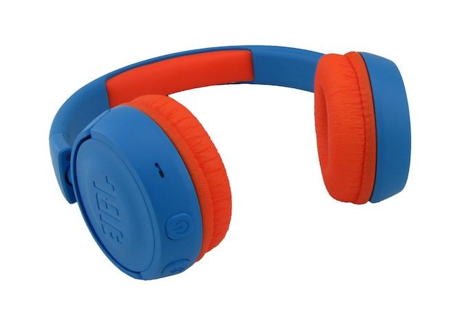 Handelsüblicher Bluetooth-Kopfhörer / Standard Bluetooth Headphones / Casque Bluetooth standard