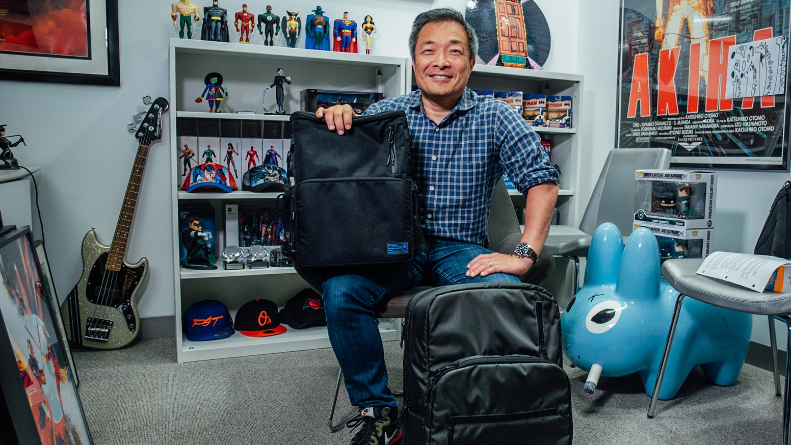Innovative bags for artists and comic collectors designed with Jim Lee of DC Comics