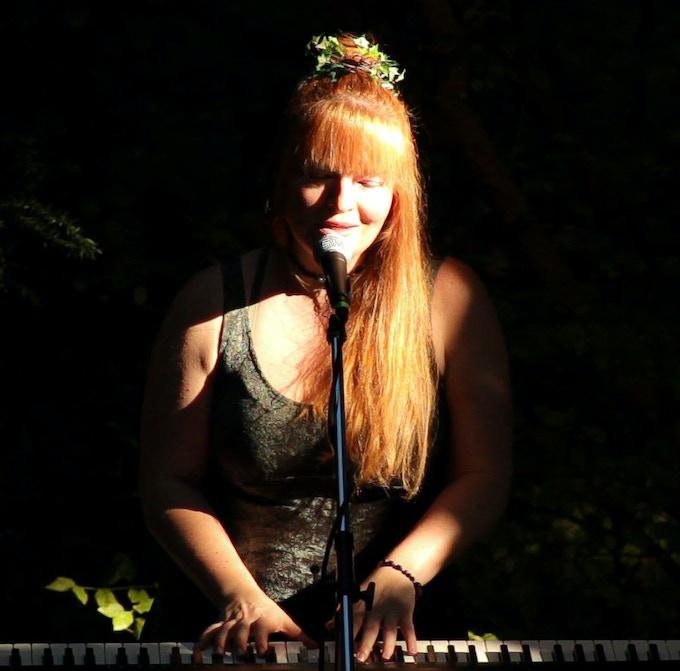 Music Under The Trees, Redmond WA, photo by Matthew Cimone (2018)