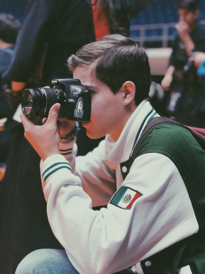 John Walters Baglietto: Behind-the-scenes Photographer