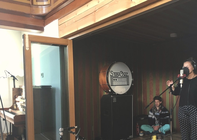 Gøril and Toby in StudiOwz