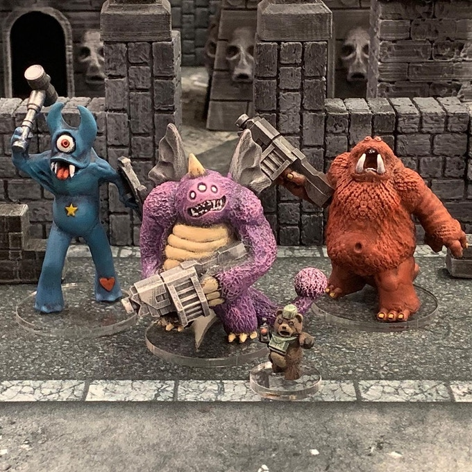 A full squad of people eaters (our first stretch goal to be added) along with the variant field commander that comes with the set.
