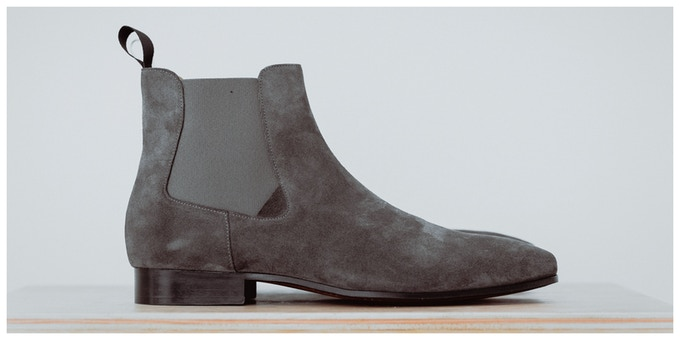 CHELSEA BOOTS / GRAY