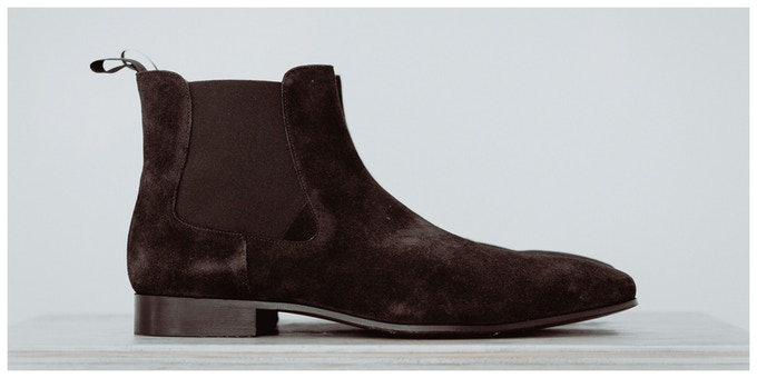 CHELSEA BOOTS / BROWN