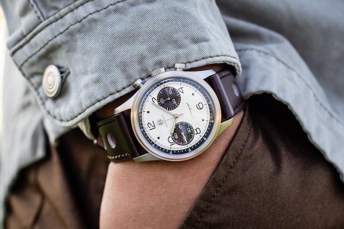 Ranomo Chronograph Panda (ST1901) wrist shot