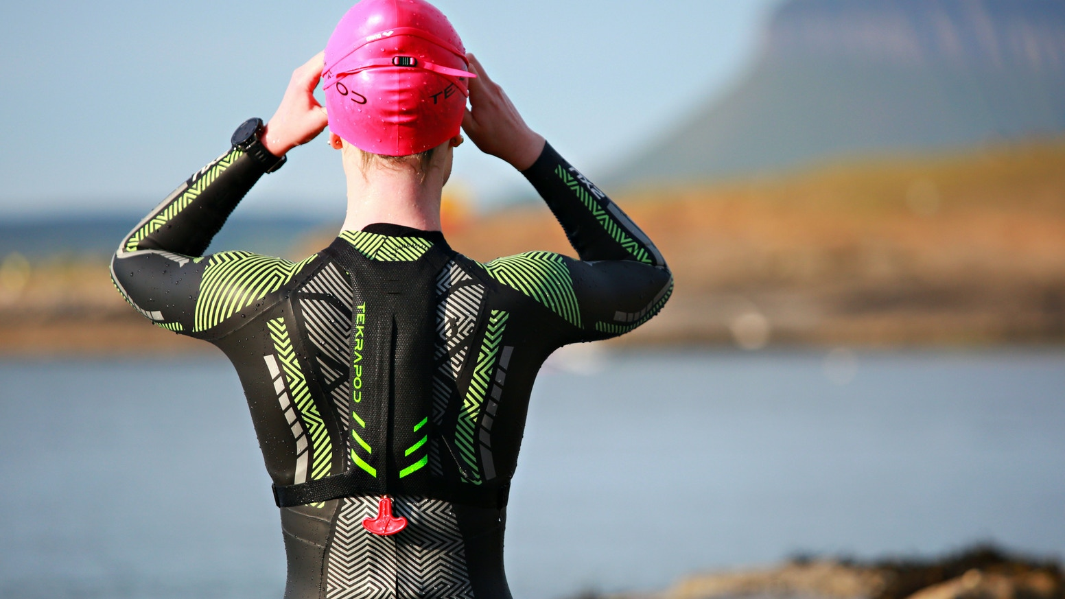 With patent-pending technology, Tekrapod is the first open-water safety device, designed specifically for open- water swimmers. Available to buy on our website below!