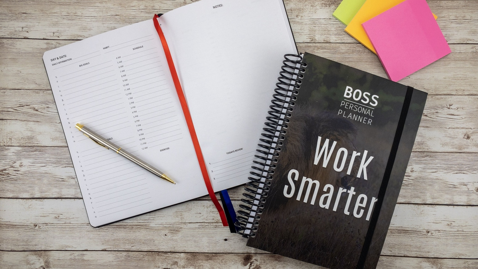 Productivity notebook built to help you stay goal oriented & motivated by working smarter. The easiest planning system ever.