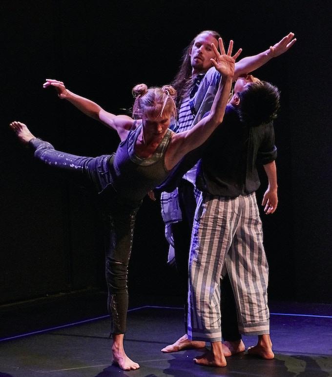 Blue Room (NYC Premiere 2018) Dancers: Emily Pope, Jordan Morley, Mei Yamanaka