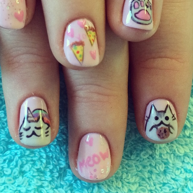 pusheen on natural nails - 4 years ago