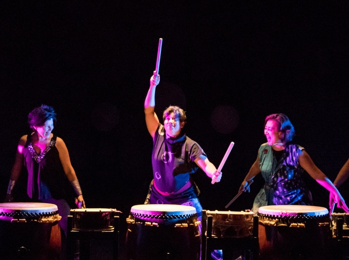 Tiffany Tamaribuchi (USA) performing with Enso Daiko at the Southern Theater. Photo by Rich Ryan.