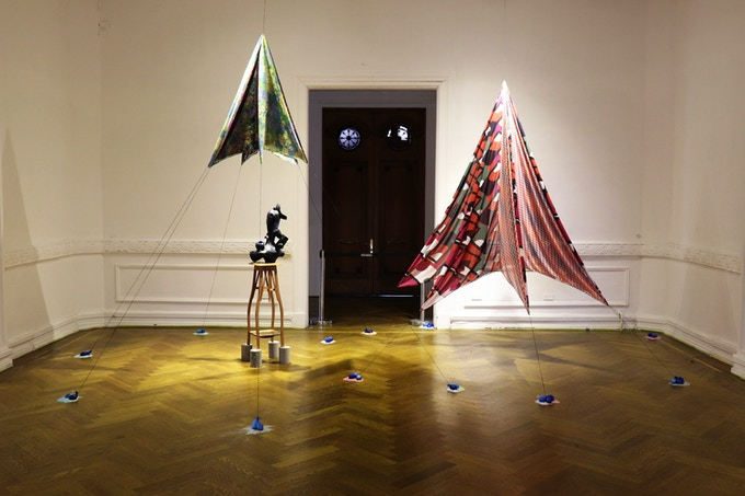 Neo Norte 1.0 - Fundación Cultural de Providencia, Santiago, Chile - August / September 2018 - Migrations Room - Curator: Tere Chad - Ceramic Sculpture: Sofía Donovan - Tent Installation: Tere Chad