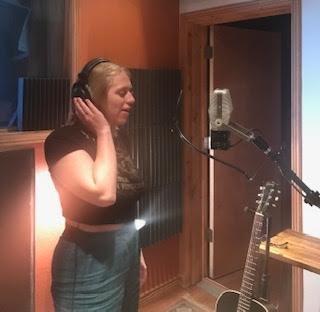 Recording Lead Vocals @ Swingfingers Studio
