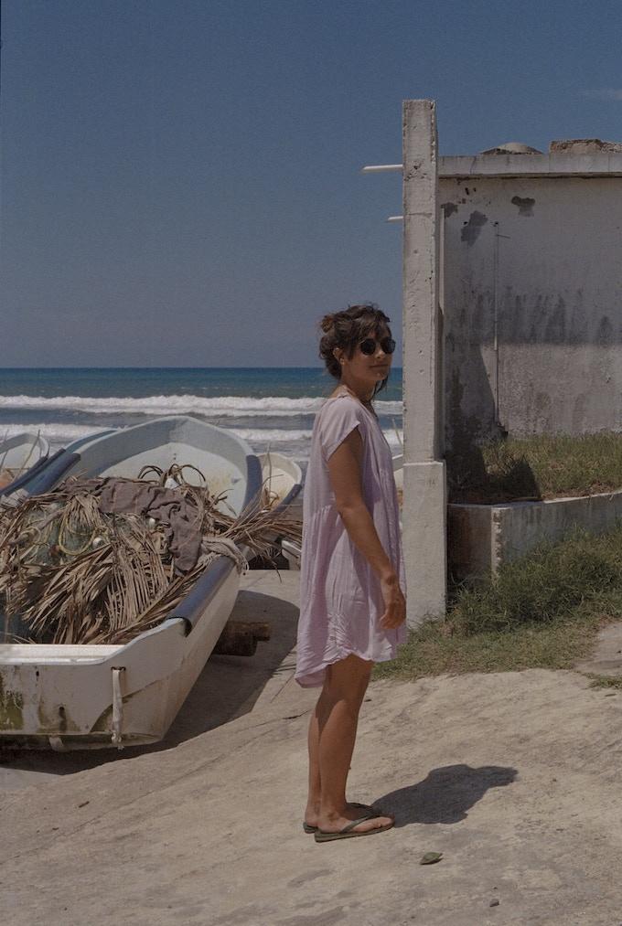 Esta soy yo en la playa Las Barrancas a través del lente de Fernando. / This is me at Las Barrancas beach through Fernando's camera.