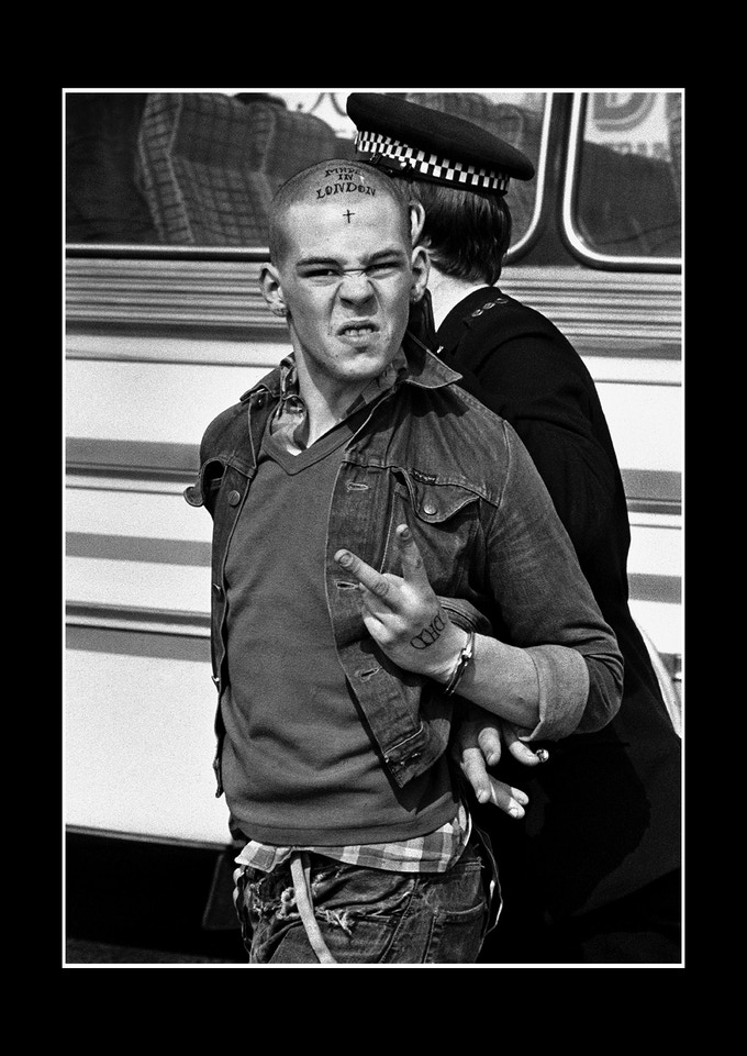 Reward print #1 - Skinhead arrested in Southend