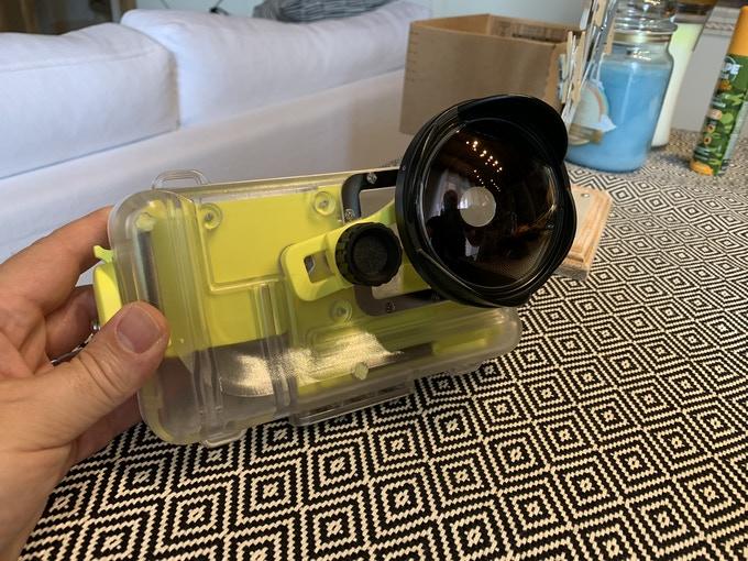 Nautismart with another additional and optional lens ( not included in the package ) to enhance smartphone cameras capabilities.