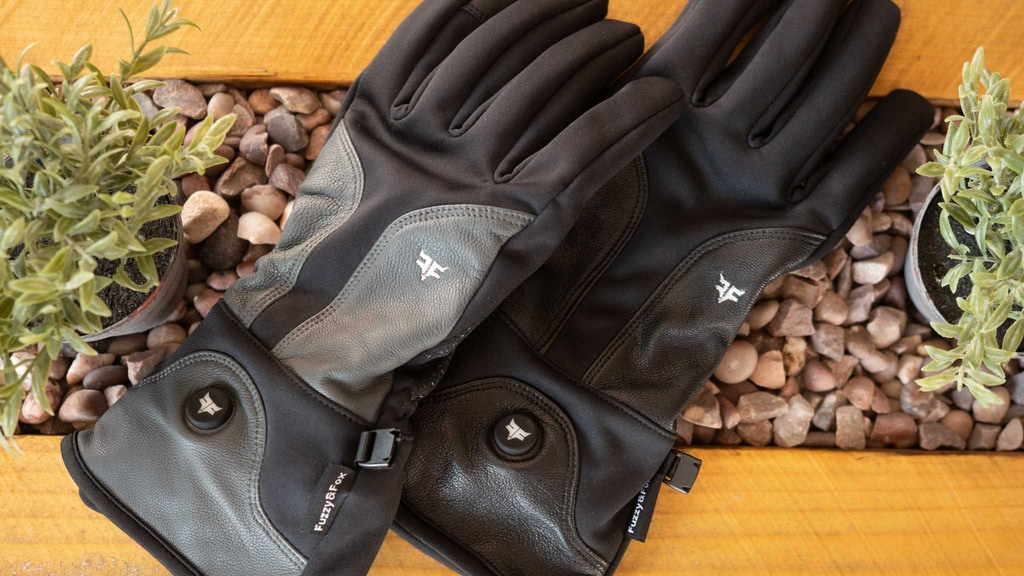Luxury Heated Gloves from Fuzzy and Fox