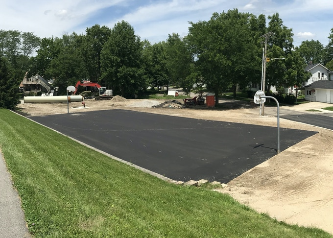 1616 Edgewater Ave. Fort Wayne, IN 46805 | Basketball Court