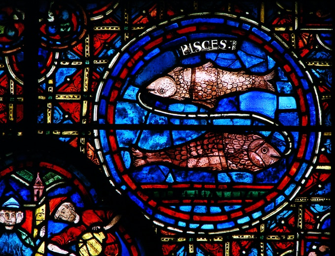 Pisces and the string that binds them depicted at Chartres Cathedral in Chartres