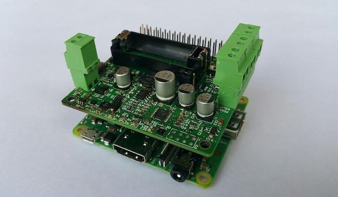 Pi16340 SMART UPS HAT with Raspberry Pi 3A+