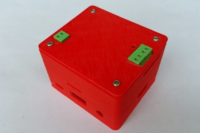 Pi16340 SMART UPS HAT with Raspberry Pi 3A+ and Housing