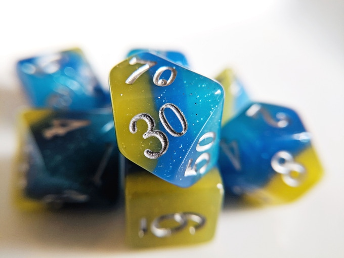 Tropical Ocean Elemental Resin Dice