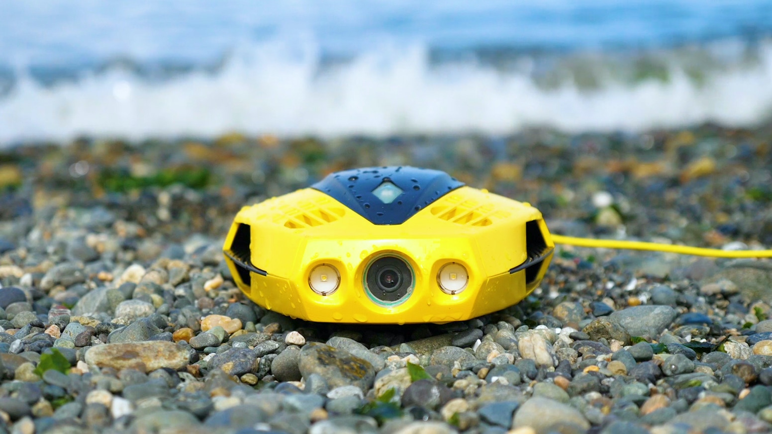 So small and so easy to use. Explore the waters below with this incredibly portable and affordable underwater drone.